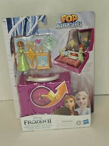 Disney Frozen 2 Pop Adventures Family Game Night 2.25-Inch Pop-up Playset