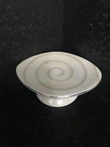 Porcelain/ Ceramic  Soap-dish Great Condition