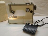 Sears Kenmore Vintage Sewing Machine, Foot Pedal, Accessories & Case 158-10301