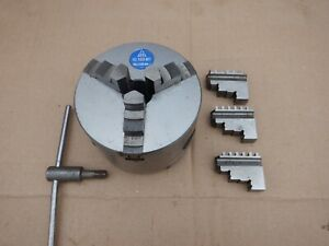 TOS 100mm 3 JAW CHUCK IN GOOD CONDITION WITH 2 SETS OF JAWS, No IU100M1