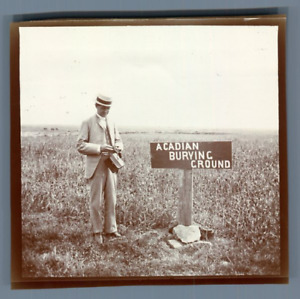 Canada, Acadia, Acadian Burying Ground  Vintage citrate print. Photo appartenant
