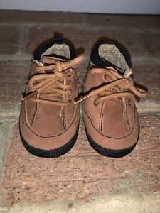 Carters Suede Sock Cloth Lined Chukka Boots Boys Girls Size 2 Toddler ❤️tb9j15