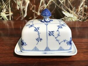 Royal Copenhagen Fluted Ribbed/Blue Fluted Butter Dish