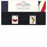 GB 2004 Entente Cordiale - Contemporary Paintings Presentation Pack 358