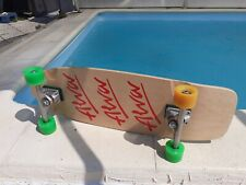 Skateboard Alva Tri-Logo-1979-Re-Issue Pig 10 / red with Trackers and OJ Wheels