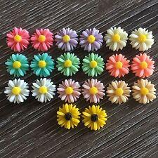 20 x 13mm Daisy Flower Resin Cabochon Flatback Embellishments Craft Scrapbooking