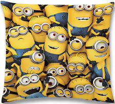 Minions - Kissen - All Over - Crowd - 100% Polyester - 40 x 40 cm