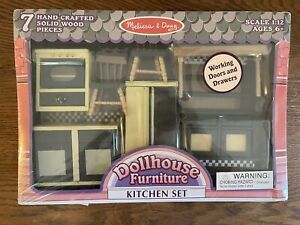 Melissa and Doug Dollhouse Furniture Kitchen Set Solid Wood 7 Wooden Unopened