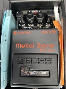 Verzerrer Effektpedal Boss MT-2W Metal Zone Waza Craft Gitarreneffekt High Gain