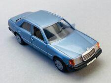 CURSOR MODELL 1084 Mercedes-Benz 300 D E-Klasse 1/35 Blau W-124 NZG Conrad TOP!