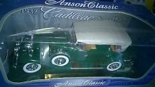 1/18 ANSON CADILLAC SPORT PHAETON VERDE 1932 Nuovo In Scatola