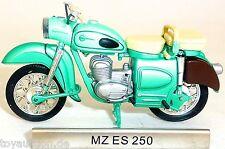 DE MZ 250 Moto RDA Année construction 1956 jusqu'à 1962 1:24 ATLAS 7168102 LA µ
