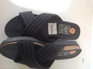 'DOWN TO EARTH' BLACK FOOTBED SANDAL (UK 8 / EU 42)