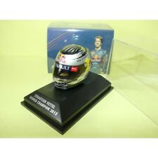 CASQUE SEBASTIEN VETTEL GP WORLD CHAMPION 2012 ARAI HELMET MINICHAMPS 1:8