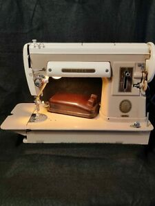 Vintage 1950s SINGER 301A SEWING MACHINE w Pedal Working!! 🔥