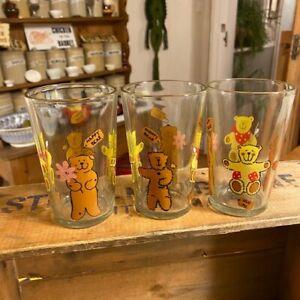 Vintage Set 3 1980's Drinking Glasses / Tumblers – Teddy Bears – Cute!
