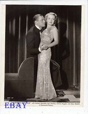 Herbert Marshall w/sexy babe VINTAGE Photo Evenings For Sale