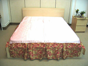 DaDa Bedding Tropical Sunset Floral Shiny Pink Satin Soft Pleated Bed Skirt