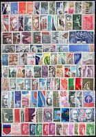 Francia - Lotto di 104 francobolli - Nuovi (** MNH)
