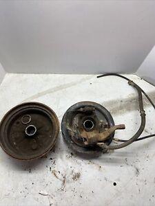 95 Yamaha Kodiak 400 4x4 yfm400 front right  brake hub backing plate AND SPINDLE
