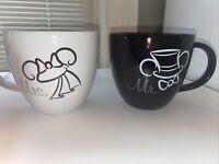 DISNEY PARKS MR & MRS MICKEY & MINNIE MOUSE BRIDE AND GROOM COFFEE CUP MUG SET