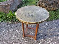 Alter Beistelltisch Tisch rund Rauchtisch Holz Messing Rauchertisch
