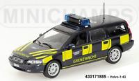 Minichamps 430171885 -  VOLVO V70 BREAK – 1998 – 'BORDER GUARD SWITZERLAND