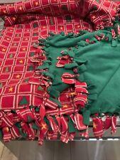 Winter no sew fleece blanket Red/green/white/gold