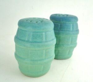 Vintage Van Briggle Matte Turquoise Glaze Keg Barrel Salt And Pepper Shakers