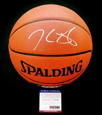 KEVIN DURANT AUTOGRAPHED BASKETBALL (GOLDEN STATE WARRIORS) - PSA DNA!