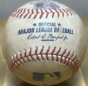 BUSTER POSEY DOUBLE CAREER HIT #924 GAME-USED MLB BASEBALLS GIANTS v A's 6/29/16