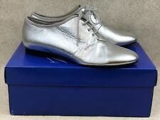 Womens 7.5M White Mountain Jazzy Lace Up Oxford Shoes Silver Leather Metallic