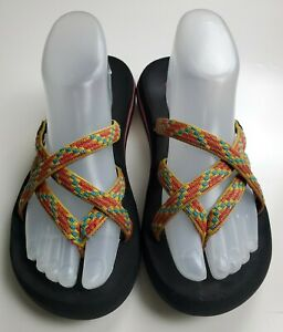 Teva Mush Olowahu Women's Red, Yellow & Blue Flip Flop/Thong Sandals Size 8