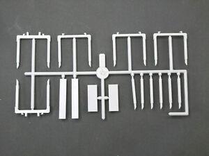 1:87 EM1218 Kibri 5x Runge + 6x Einzelrungen in hellgrau für Umbau Eigenbau