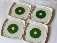 VINTAGE HALLMARK SET OF 4 CHRISTMAS COASTERS PLASTIC WREATH ORIGINAL BOX