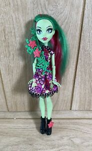 Rare Monster High Venus McFlytrap Party Ghouls Doll 2016