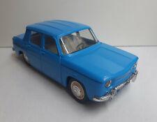 Renault 8 en plastique à friction SLJ 1/20° (années 1960)
