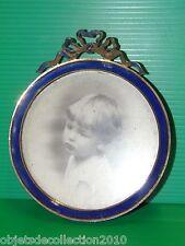 JOLI CADRE PORTE PHOTO ROND BELLE EPOQUE NOEUD et TOUR EMAILLE EMAIL BLEU 1900