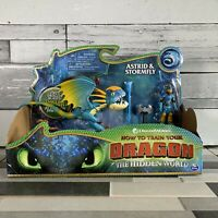 How To Train Your Dragon - ASTRID & STORMFLY - Action Figure Set NEW