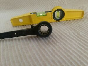 HIVIZ Magnetic Spirit Level Black Ratchet Podger Spanner 19/21mm 2in1 Tools