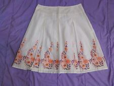Women's White Pleated Embroidered Floral Cotton Skirt Size 8P
