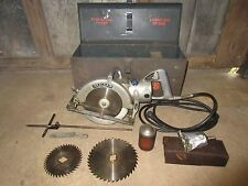 Vintage Worm Drive Skilsaw 825 with original case and accessories