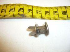 Stahlhelm- Niete für Helme Modell M35, M40, M42 - 3 Stück - 1 Satz - Deutsch 2WK