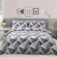 GEOMETRIC TRIANGLES GREY WHITE COTTON BLEND DOUBLE DUVET COVER