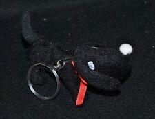 Peluche doudou porte clé chien noir yeux & nez blanc ruban rouge 11 cm long TTBE
