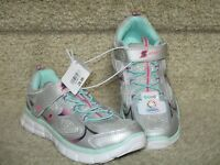 Stride Rite Glitzy Pets Glamorous White Girls Athletic Sneakers Shoes Silver