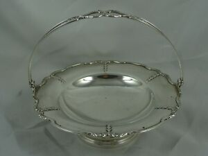 ATTRACTIVE sterling silver SWEET BASKET, 1924, 162gm