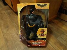 2005 MATTEL--BATMAN BEGINS--ACTION CAPE BATMAN FIGURE (NEW)