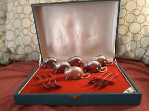 Vintage Eberle Silver Plated Dessert Cups ? Set of 6 +Spoons in Original  Box