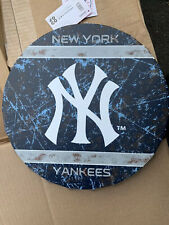 FOREVER COLLECTIBLES NEW YORK YANKEES Bottle Cap Wall Sign - MLB